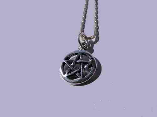 Green Witches Coven Pentagram Pendant