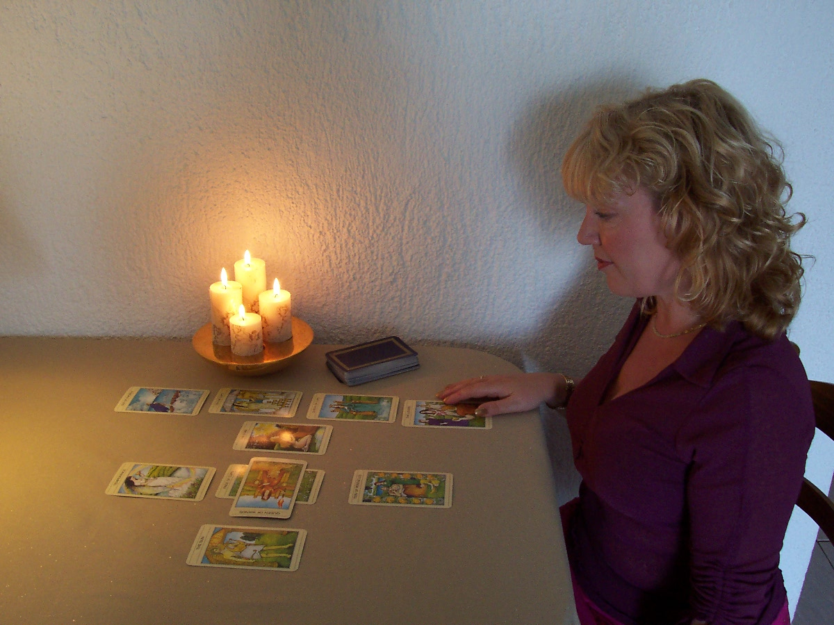 Tarot Readings by Alizon